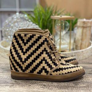 80%20 Eliotte Geometric Print Ankle Boots